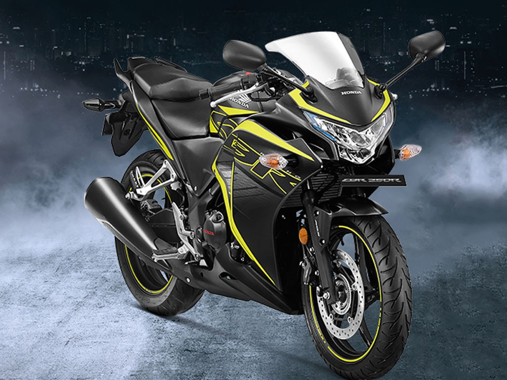 Top 5 Best Bikes Under 2 Lakhs In India 2019 List