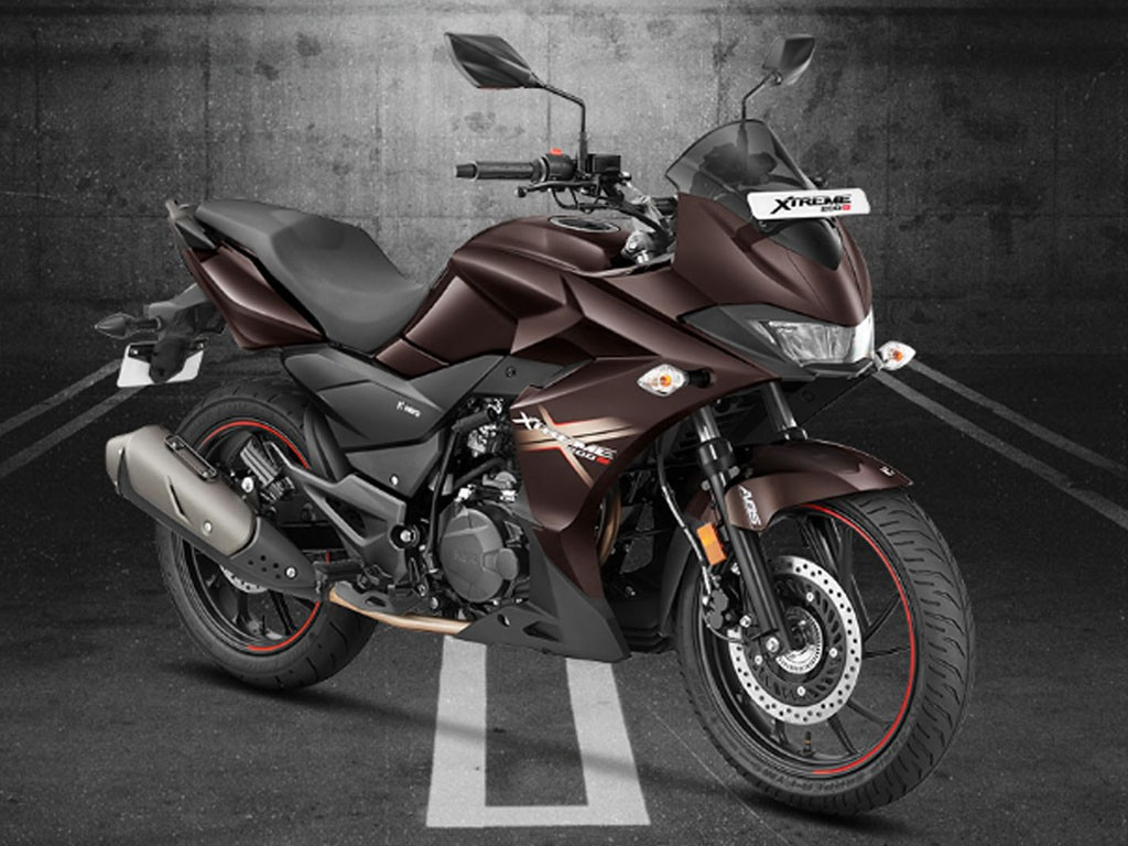 Hero Xtreme 200S Launched in India- Know its Engine Specs, Features, Performance, Rivalries with Images